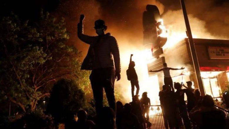 Kush është Antifa, grupi radikal i krahut të majtë që qeveria Trump e identifikon si përgjegjësin kryesor për dhunën në disa qytete të SHBA-së