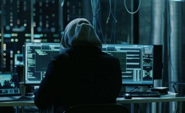 Arrestohen nëntë persona të dyshuar për krime kibernetike dhe mashtrim