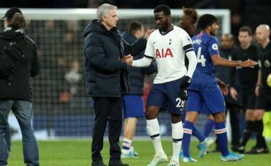 Tensione te Tottenhami, Ndombele ia bënë të qartë Mourinhos se nuk dëshiron të luajë për të