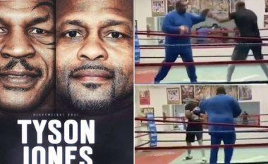 Publikohen pamjet e para nga stërvitjet e Roy Jones JR para duelit të flaktë me Mike Tysonin