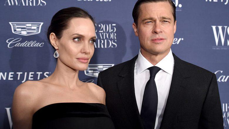 Angelina Jolie dhe Brad Pitt (Foto: Dimitrios Kambouris/Getty Images for WSJ. Magazine 2015 Innovator Awards/Guliver)