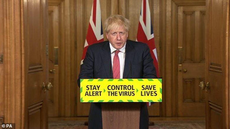 Boris Johnson në konferencë për shtyp