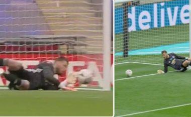 De Gea bën dy gabime të mëdha dhe pranon dy gola në gjysmëfinalen e Kupës FA ndaj Chelseat