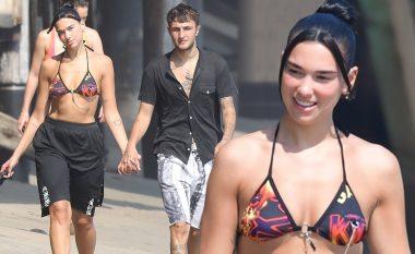 Dua Lipa festoi ditëlindjen e 25-të me Anwar Hadid dhe miqtë e saj në Malibu, shfaq linjat trupore në bikini