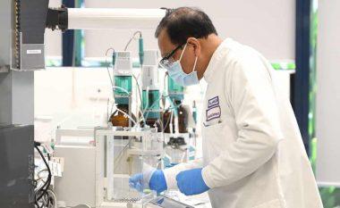 """Testet e vaksinës për coronavirus të Universitetit të Oksfordit """"në pauzë"""", për shkak të reagimit të mundshëm anësor te një pjesëmarrës"""