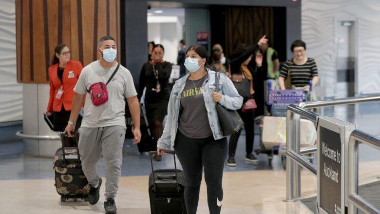 Udhëtarët në Aeroport | Foto: Dave Rowland/Getty Images/Guliver