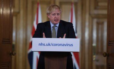 Johnson paralajmëron se britanikët duhet të punojnë nga shtëpia