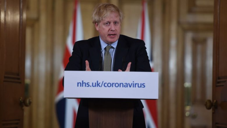 Kryeministri britanik Boris Johnson në një konferencë për shtyp   Foto: Eddie Mulholland - WPA Pool/Getty Images/Guliver
