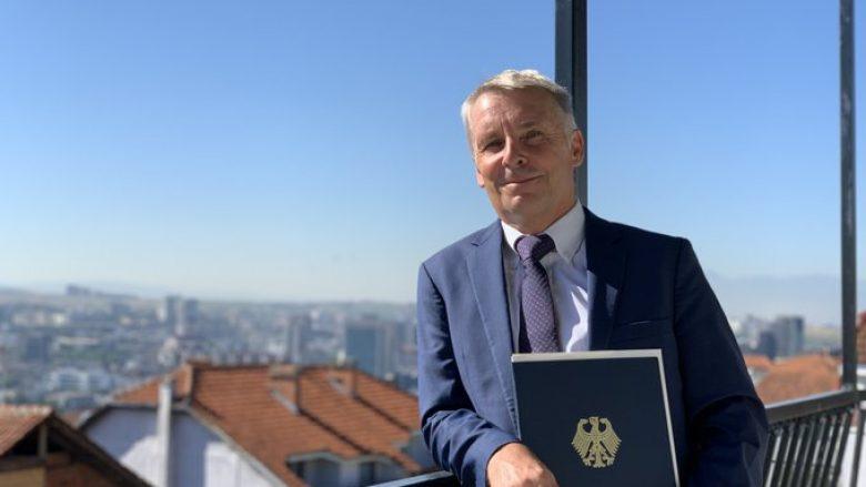 Dështoi pesë herë për t'u votuar, ambasadori Rohde: Rast i veçantë në Evropë, qytetarët me të drejtë e presin Projektligjin e Rimëkëmbjes