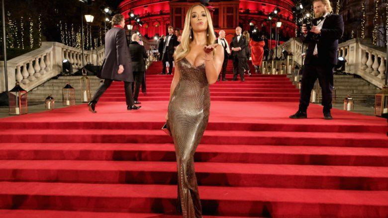 Rita Ora në Fashion Awards