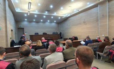 """Deklarohen të pafajshëm 19 të akuzuarit për rastin e njohur si """"Afera e Hidrocentraleve"""""""