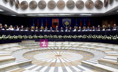 Para mbledhjes së dy qeverive, kërkohet heqja e barrierave tregtare Kosovë-Shqipëri
