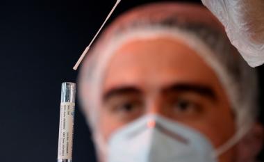 Po punohet për një spërkatës hunde që mund të parandalojë infektimin me COVID-19