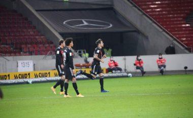 Bayerni merr fitore komode përballë Stuttgartit