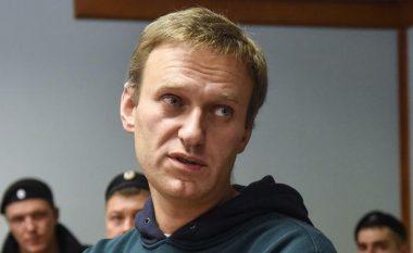 Navalnyt i caktohet 30 ditë paraburgim