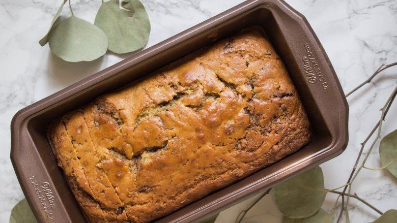 Bukë e shijshme me patate, kanellë dhe kakao