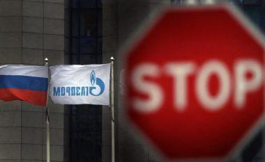 Sanksionet amerikane detyrojnë Gazpromin rus pezullimin e gazsjellësit 'Nord Stream II'
