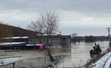 Pas reshjeve të shumta të shiut, Instituti Hidrometeorologjik: Ka ngritje enorme të nivelit të lumenjve