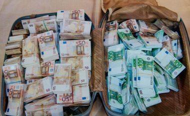 Arrestime në disa komuna, Policia sekuestron çanta me para