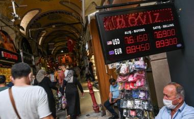 Erdogan shkarkon guvernatorin e Bankës Qendrore të Turqisë, pas rritjes së normave të interesit