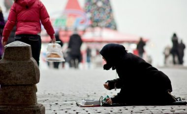 Levada Center: Varfëria, rritja e papunësisë dhe korrupsioni – problemet kryesore me të cilat po përballet Rusia