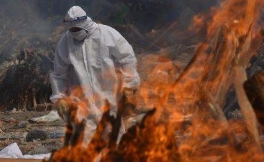 Përveç mungesës së varrezave, kryeqytetit të Indisë po i mbaron edhe hapësira për djegien e trupave