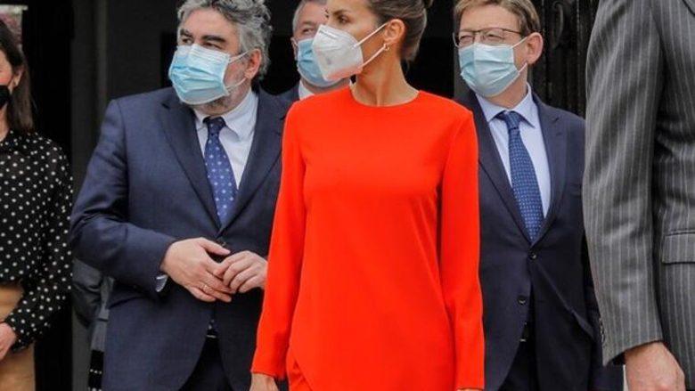 Dozë e vërtetë elegance: Mbretëresha Letizia e veshur në një set ngjyrë portokalli, ngazëlleu kritikët e modës!