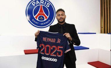 Zyrtare: Neymar rinovon kontratën me PSG-në deri në vitin 2025