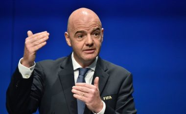 Presidenti i FIFA-s, Infantino: Duhet të shmangim luftën në futboll