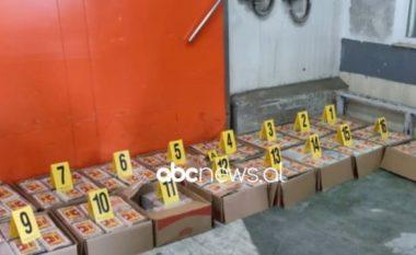 Të ndara në kuti kartoni, jepen detaje për kapjen e 2 tonëve kokainë në Kosovë