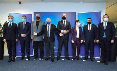 Kurti në Bruksel: Kemi kriminelë të luftës në institucionet e vendeve të Ballkanit Perëndimor