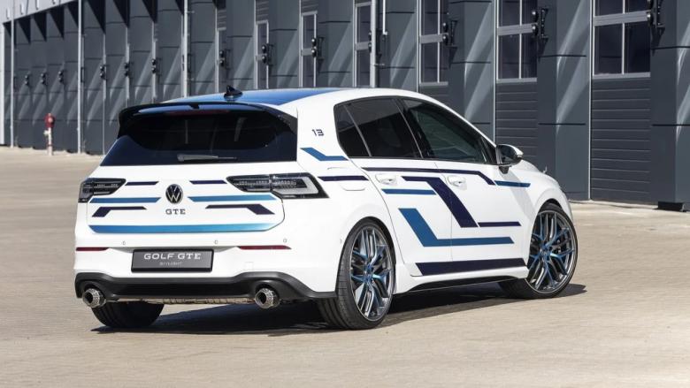 Volkswagen zbulon Golf GTE Skylight