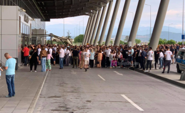 Fundjava sjell mijëra bashkatdhetarë në Kosovë