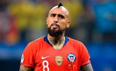 Arturo Vidal rezulton pozitiv me COVID-19