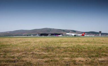Mërgimtarët në Kosovë, për dy javët e para të gushtit erdhën 738 aeroplanë me mbi 90 mijë udhëtarë