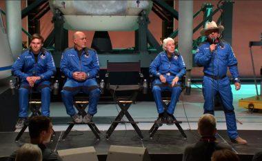 Blue Origin arkëtoi gati 100 milionë dollarë për udhëtimet e ardhshme në hapësirë