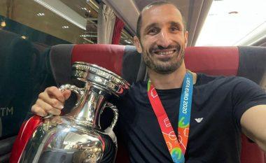 Chiellini pret ftesën e Juventusit për të biseduar lidhur me kontratën