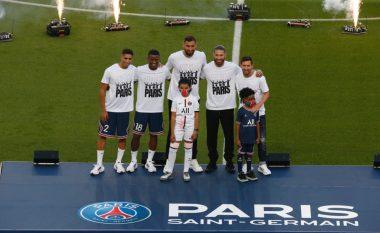 Nga Messi te Ramos dhe Donnarumma - PSG prezanton top pesë blerjet e verës në stadiumin e stërmbushur me tifozë