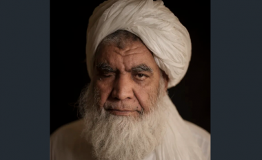 Një nga themeluesit të talebanëve jep intervistë për një grua - paralajmëron kthimin e ekzekutimeve, tregon pse do të lejohen televizionet dhe celularët
