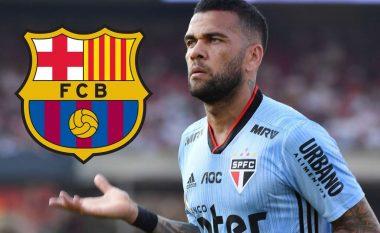 Mosmarrëveshje për borxhin: Alves dhe Sao Paulo i ndajnë rrugët - Barcelona e mendon rikthimin e mbrojtësit