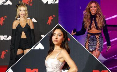 Veshjet më të bukura në tapetin e kuq të MTV Video Music Awards 2021